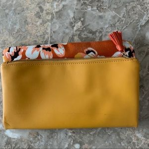 Rachel Pally floral orange clutch, zipper, 12x10